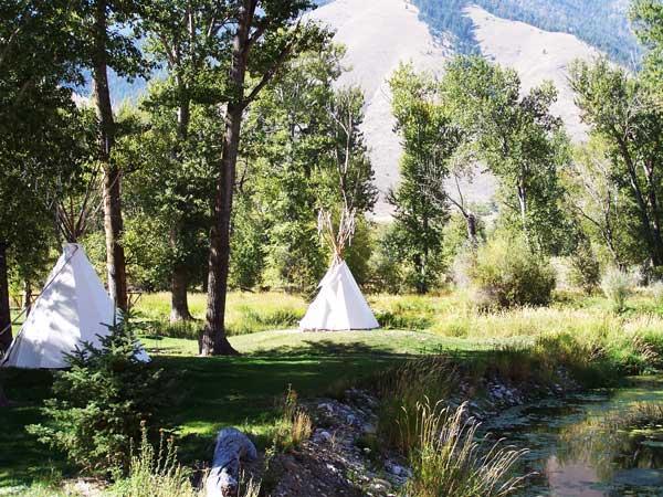 Teepee Camping - Idaho Wagonhammer RV Park & Campground