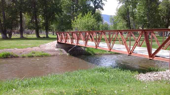Wagonhammer Bridge over Salmon River